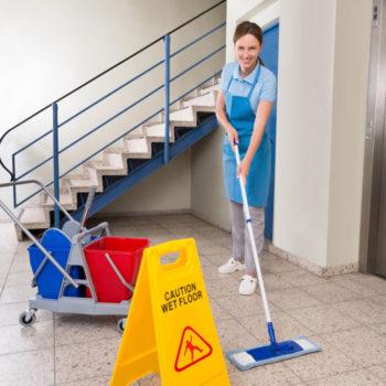 Saúde e cuidados com a limpeza em condomínios